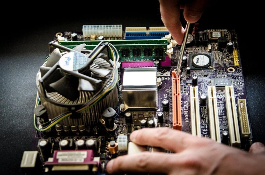 ordinateur démonté